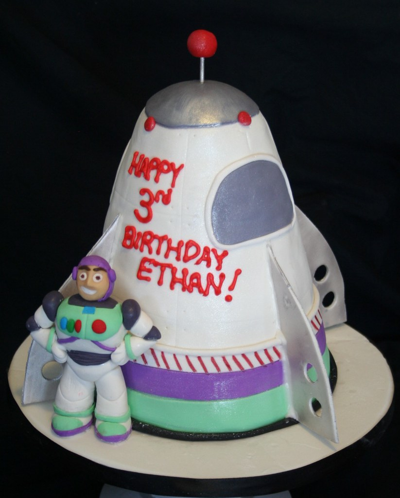 Fabulous Buzz Lightyear Rocket Ship Cake All Edible Paula Mackie Flickr Funny Birthday Cards Online Overcheapnameinfo