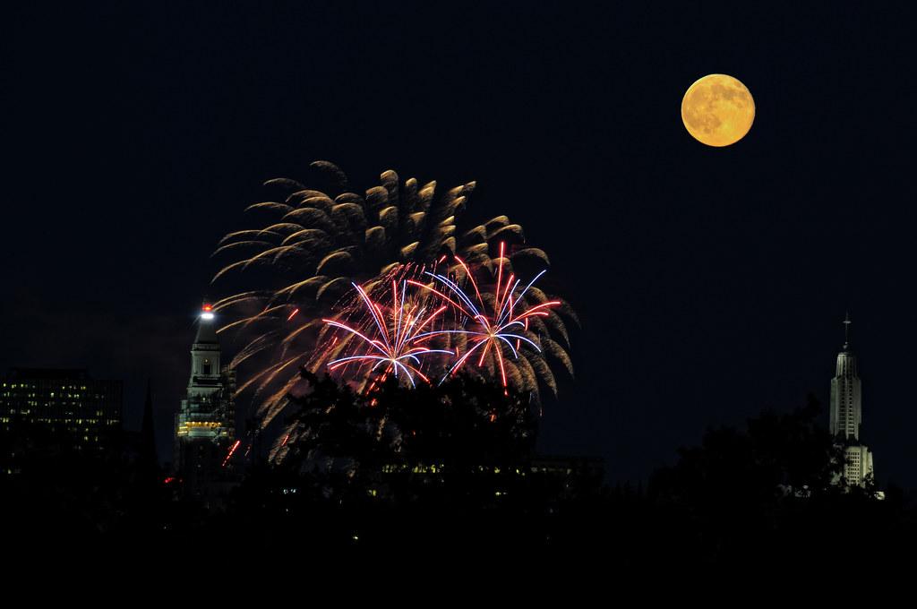 Hartford Fireworks with Super Moon   Riverfest © Kelly Nigro
