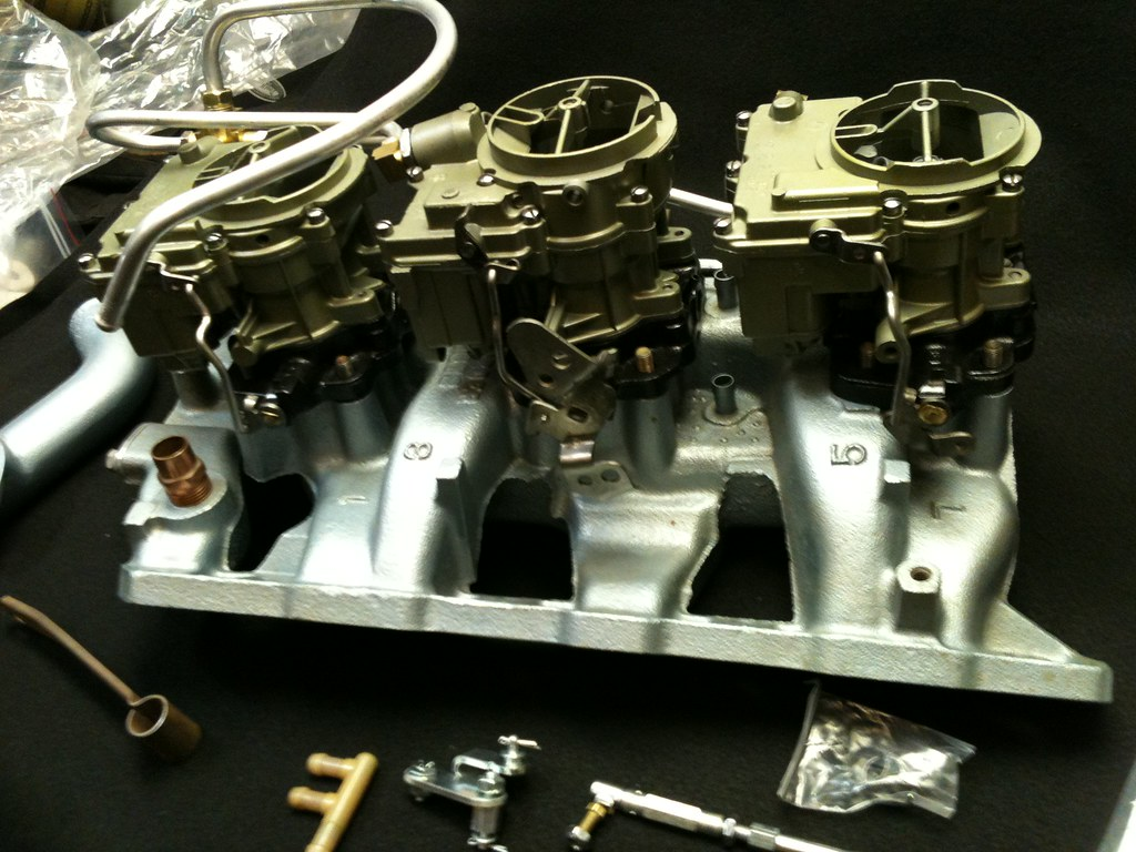 1966 Pontiac tri power intake / set up TMP Carbs Troy Patt