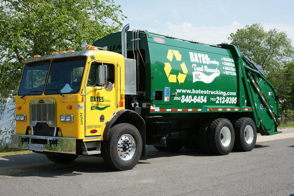 Bates Trucking Recycling Truck   Bates Trucking Trash