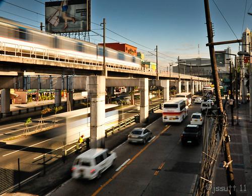 longexposure sunrise traffic tripod philippines transportation manila pinoy jeepney trishaws jssutt jeffsuttlemyre