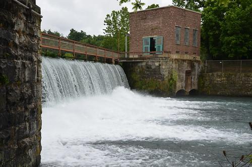 arkansas mammothspring statepark stateparks fultoncountyarkansas fultoncountyar arkansasmissouripowerco arkansasmissouripowercompany hydroelectric hydroelectricity powerplant powerplants hydroelectricdam hydroelectricdams yextarkansas