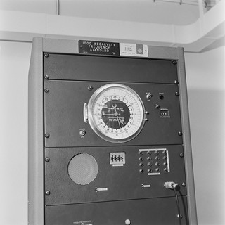 Time signal device for radio broadcasting, 1963.