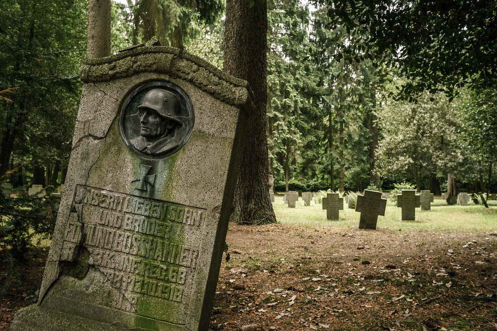 Forest cemetery of Aachen | The picture was taken with a 40