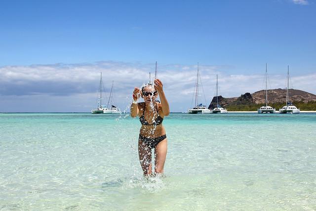 Mauritius- water splashing at Ilot Gabriel