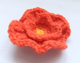 California Poppy Crochet pattern (IV)   by Siona Karen