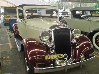 1933 Plymouth PC Six cabriolet coupe