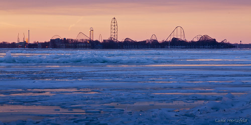 winter lake cold tower ice water sunrise reflections frozen closed lakeerie amusementpark rollercoaster cedarpoint