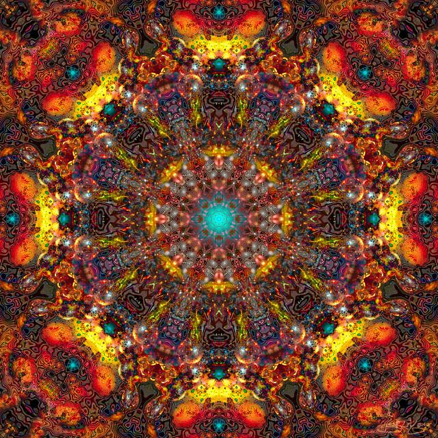 Mandala Seventy Seven - Psychedelic Island Xmas Miracle