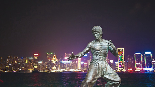 Bruce Lee statue on the Avenue of Stars in Hong Kong | by ORAZ Studio