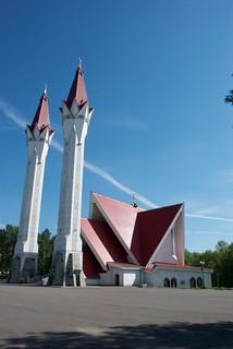 The Ufa Mosque-Medrese Lyalya-Tyulpan   by Andytev