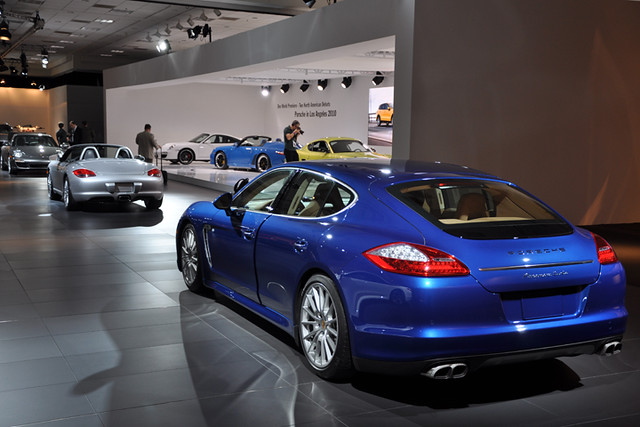 Porsche display