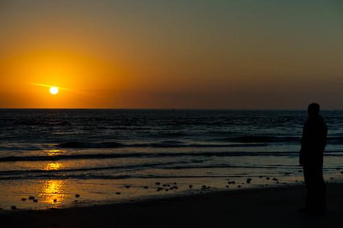 beach sunrise robfutrell robthelucky glowingballoffire
