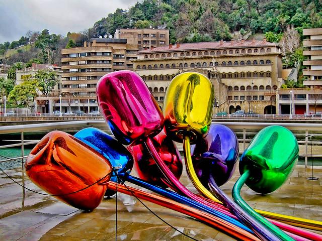 Guggenheim sculpture