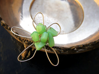 Flower sterling silver ring with aventurine stones | by diaxeiros