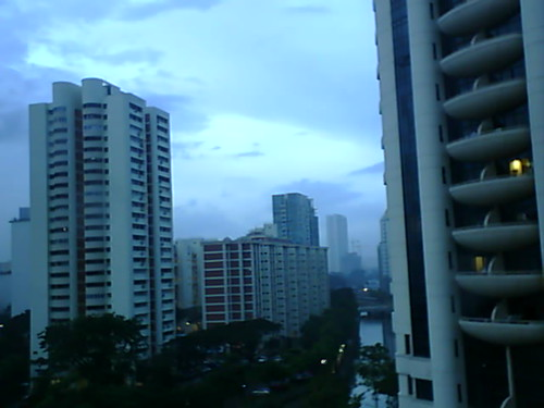 From Internet Camera(singaporeweather.ath.cx:8081)2010/12/11,06:59:04 | by ngotoh