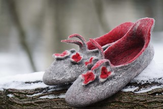 felted shoes | by felt feeling
