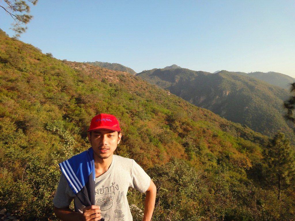 1st Break Point | Hiking at Margalla Hills up to Pir Sohawa | Islamabad, Punjab Province, Pakistan | 28 11 2010