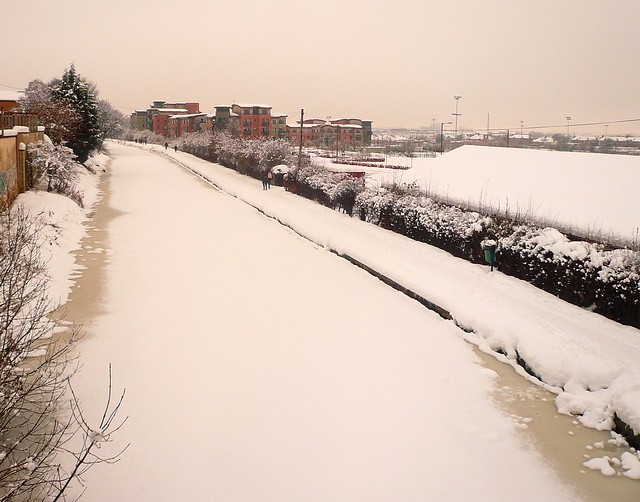 Edinburgh: Snow Covered Canal