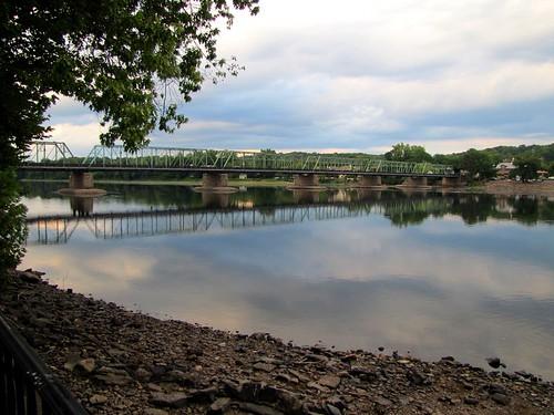delawareriver reflections newhopelambertvillebridge newhope pennsylvania