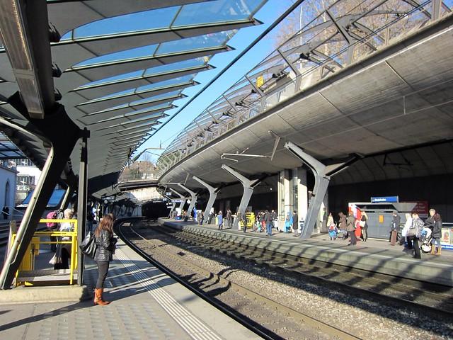 Bahnhof Zürich Stadelhofen