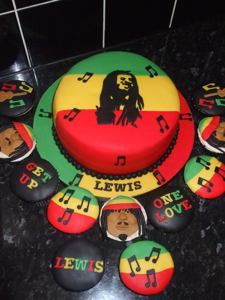 Enjoyable Bob Marley Cake And Cupcakes The Cake Is Covered In Sugar Flickr Funny Birthday Cards Online Elaedamsfinfo