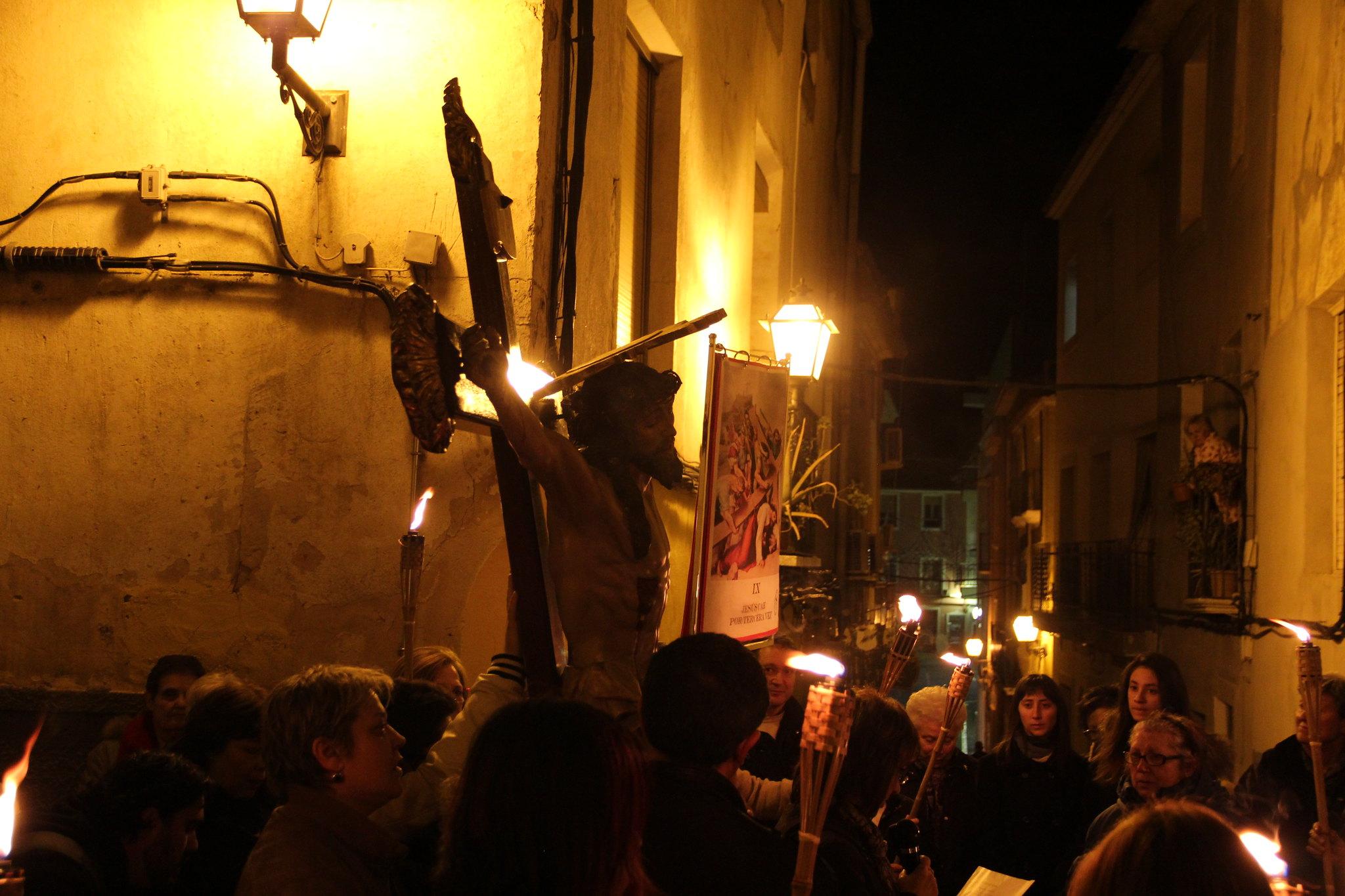 (2015-03-27) - VI Vía Crucis nocturno - Antonio José Verdú Navarro (69)