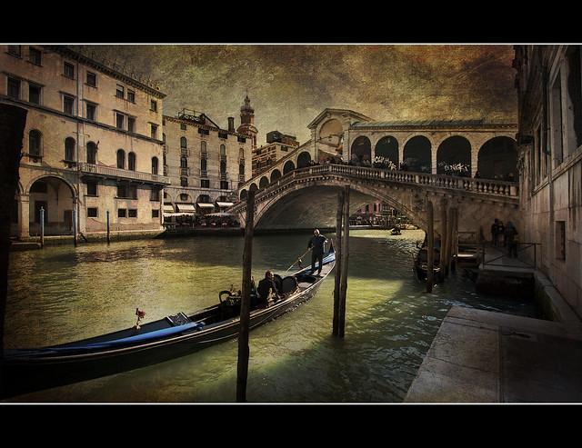 Venezia - Il ponte di Rialto  (Explored)