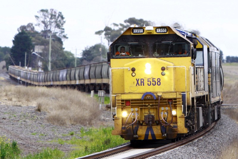 XR558 with a load of grain at Lovely Banks by Corey Gibson