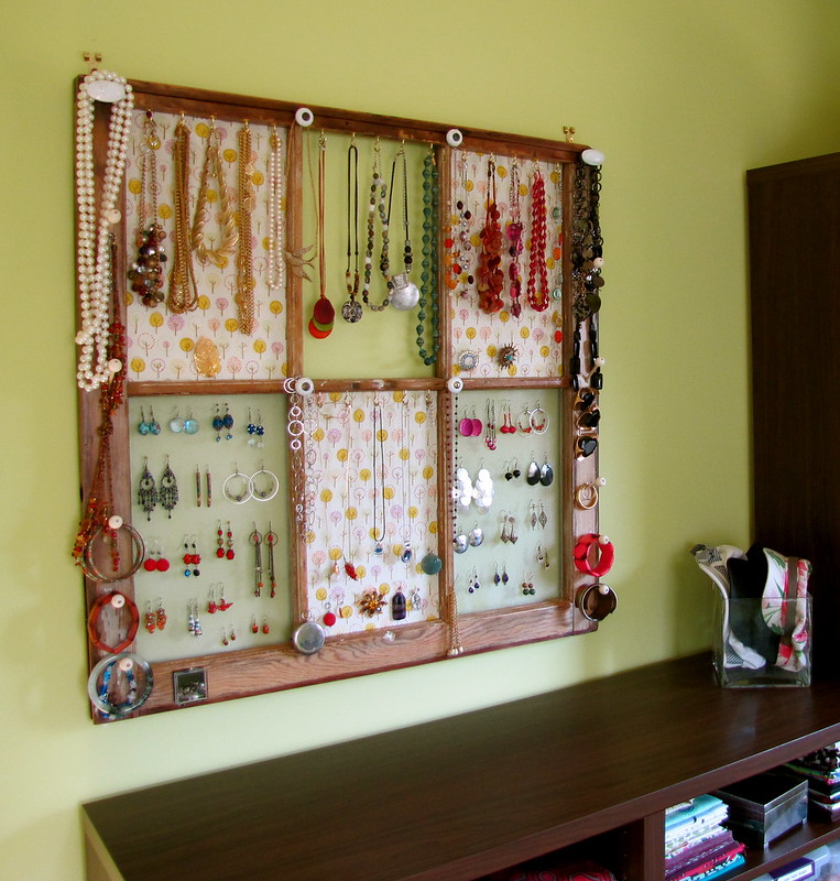 After:  A decorative jewelry display / organizer