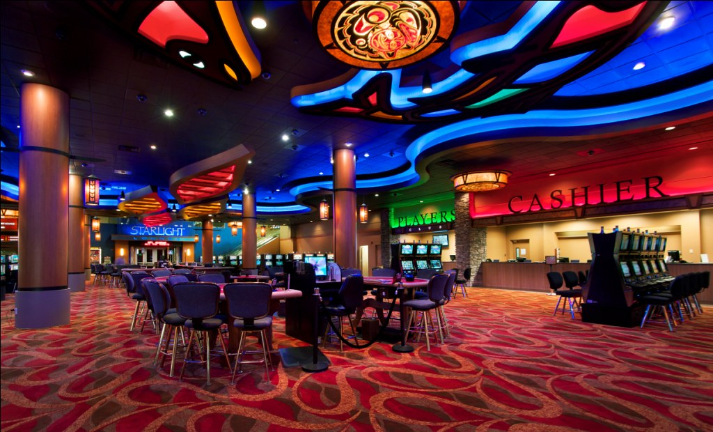 Interior Casino Décor - Casino Theming - Custom Decor Desi ...