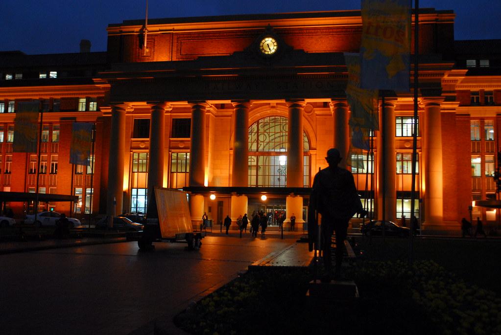 Wellington station exterior 1