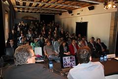 El auditorio de Lobiano Kultur Gunea se llena para asistir a la conferencia de Miguel Santos en la VII. edición de la Jornadas de Desarollo Local 2011, de Ermua