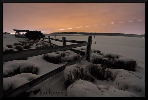 park winter light snow southwest night fence washington airport nikon long exposure trails gimp maryland baltimore tokina international airlines bwi d90 1116mm