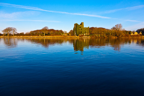 ireland castle galway water canon river eos ruins corrib 5d contrails