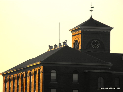 winter sunset urban brick downtown afternoon pennsylvania pa weathervane schoolhouse magichour lehighvalley offices repurposed eastonpa goldenglow northamptoncounty eastonhighschool governorwolfbuilding