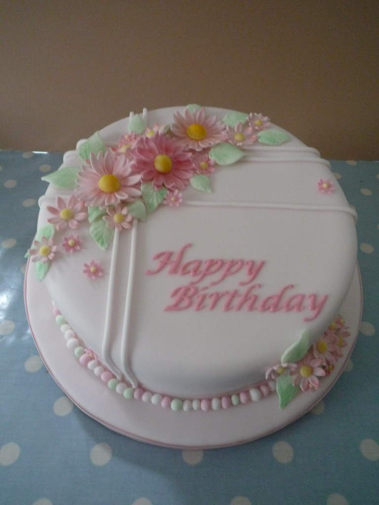 Wondrous Classic Birthday Cake Female Jills Cakes Brighton Flickr Funny Birthday Cards Online Elaedamsfinfo