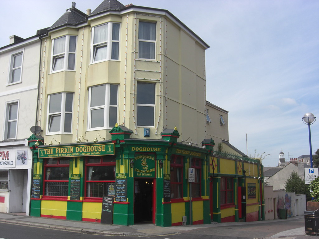 Firkin Doghouse Plymouth Devon | Jokey name of this pub in U