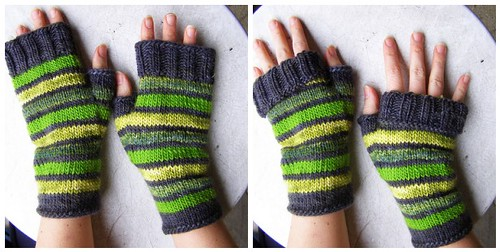 free pattern: striped glass mitts | by cosymakes