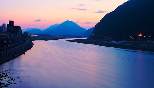 longexposure morning japan sunrise river dark cityscape smooth f16 gifu canon50d 30mmf14sigma
