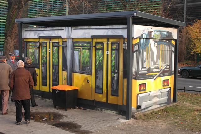 Historische Straßenbahnfahrt - Am Virchow-Klinikum (4)