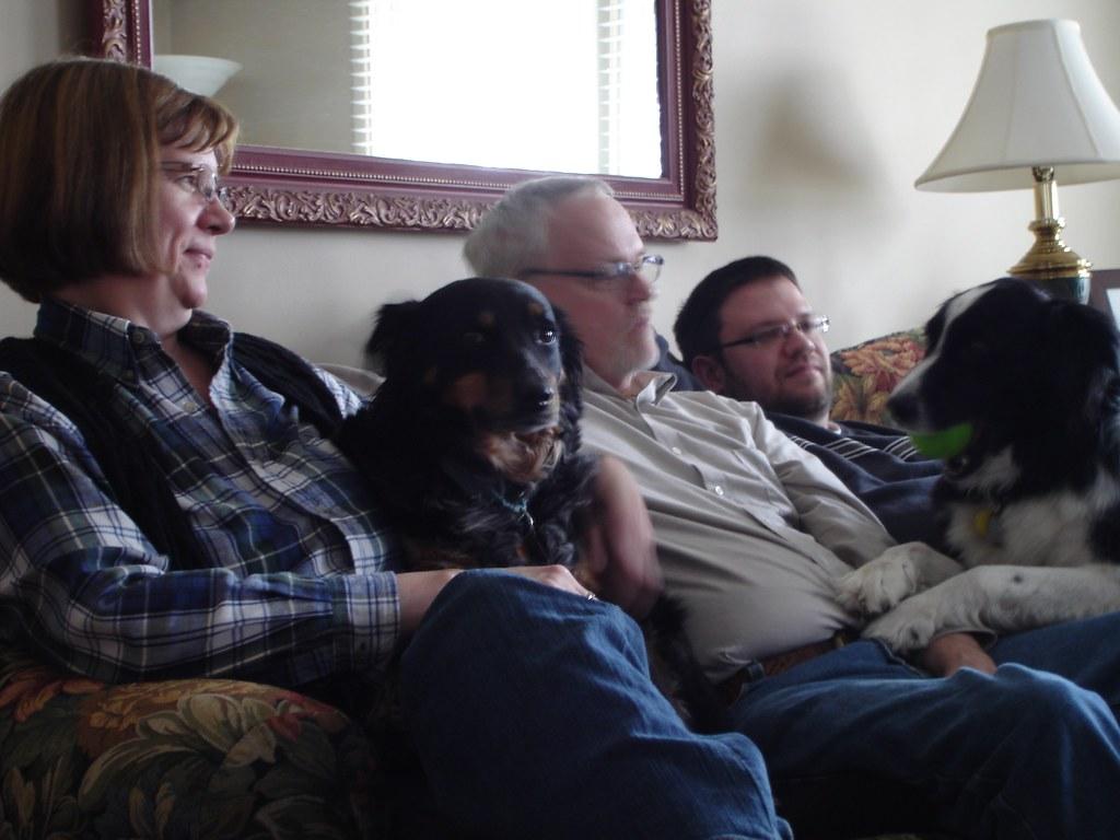 A dog-lovin' family