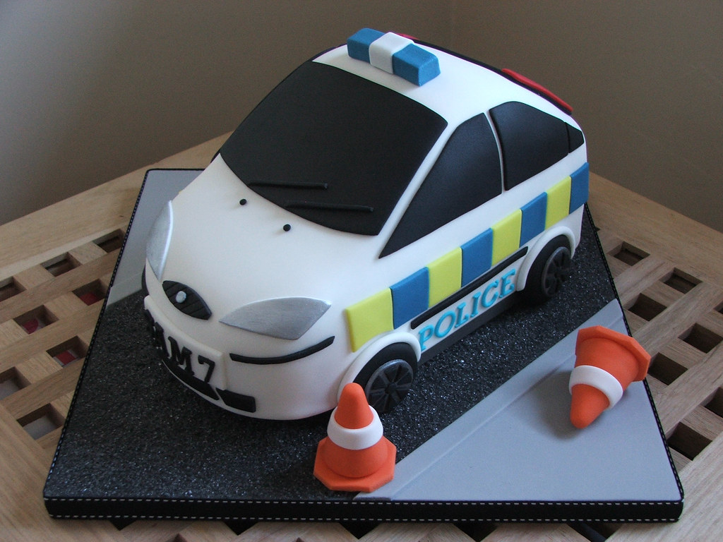 Strange Police Car Birthday Cake Police Car Cake Made For A 7 Year Flickr Funny Birthday Cards Online Alyptdamsfinfo