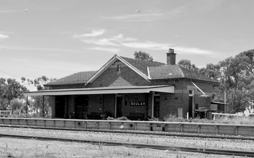 Beulah Railway Station by phunnyfotos