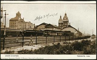 Union Station, Toronto, Ontario Canada (1910)