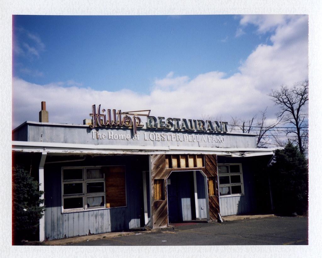 The Home Of Lobster Della Fano The Hilltop Restaurant Ny
