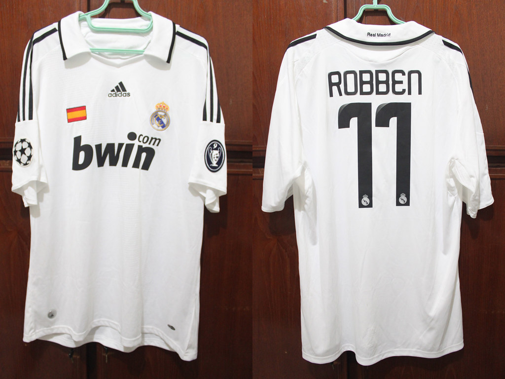 low priced 8a8b5 3a36b Real Madrid Home 08-09 UCL #11 ROBBEN | Andre Sebastian | Flickr
