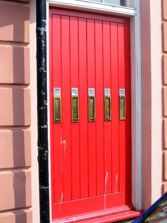 Peel door