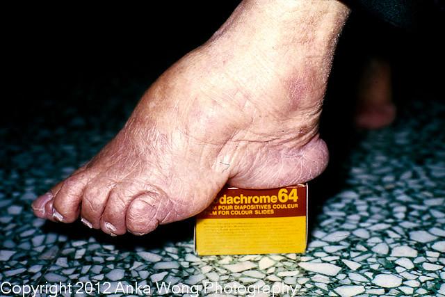 Old Hong Kong _502-Bound Feet