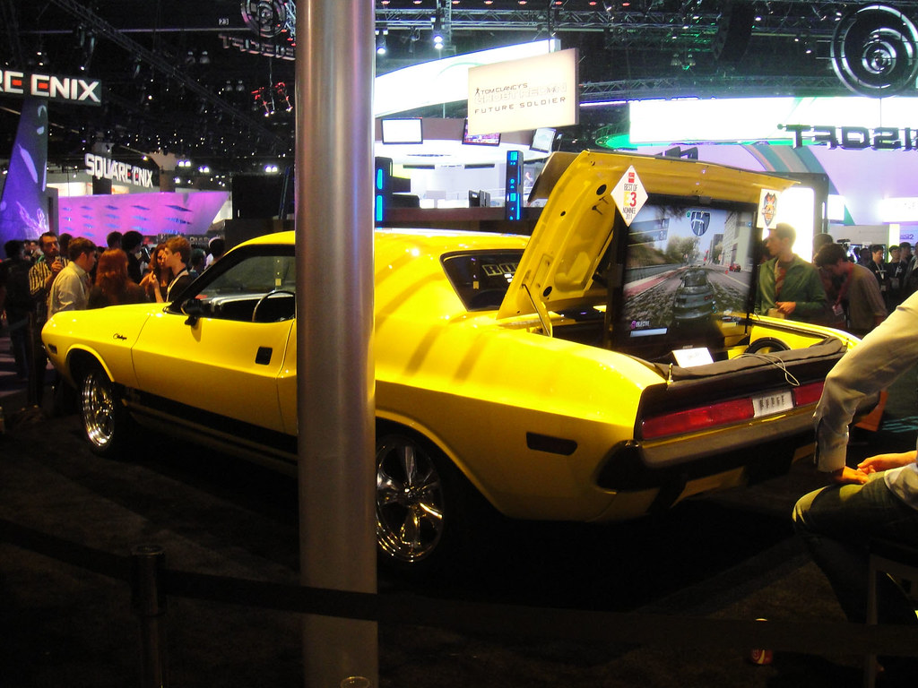 E3 2011 - Driver San Francisco Dodge Challenger (Ubisoft
